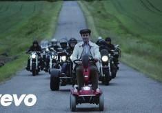 Avicii - Waiting For Love feat. Martin Garrix & Simon Aldred