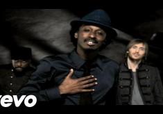 K'NAAN - Wavin' Flag feat. will.i.am , David Guetta